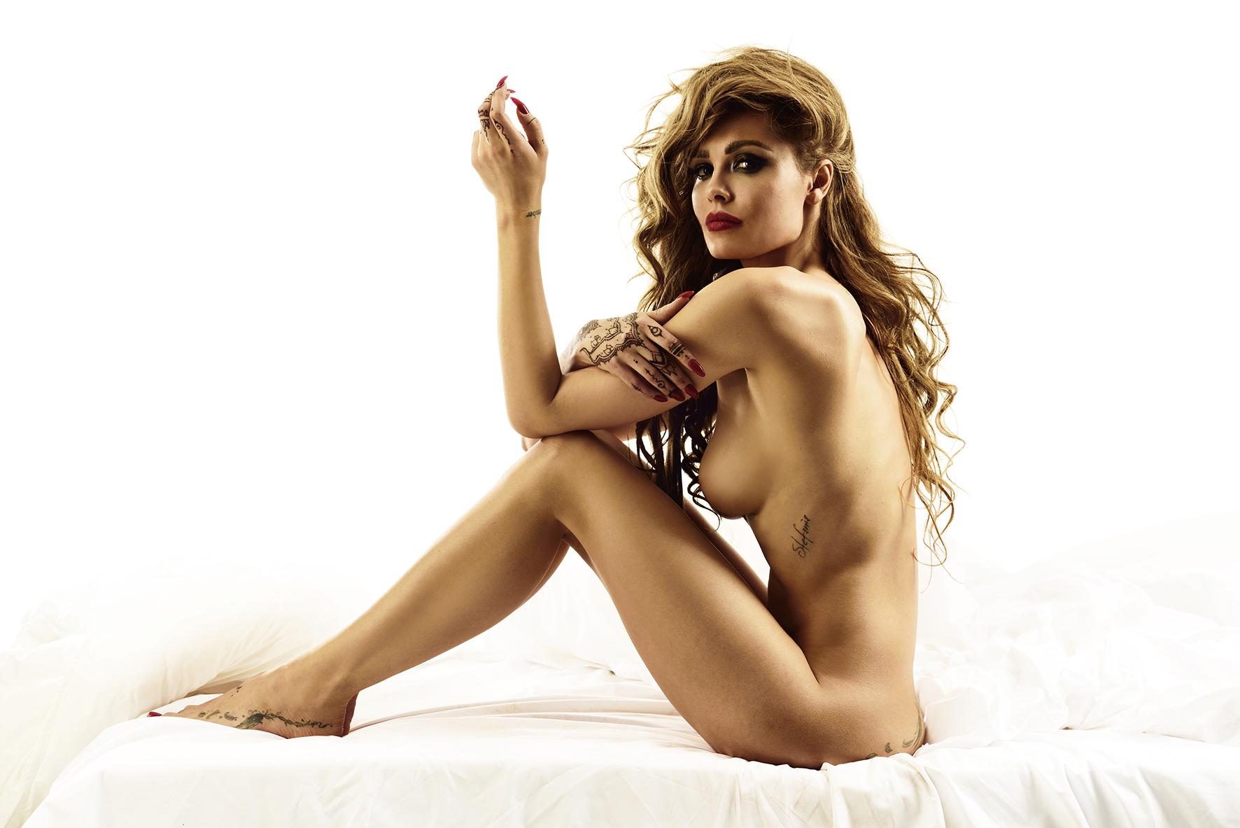 Top 100 Nude Celebrities